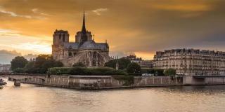 巴黎圣母院浩劫,我们应更关注对于建筑的保护
